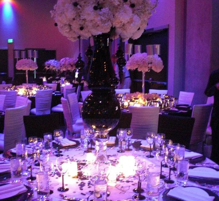 decoracao de casamento azul amarelo e lilas:Purple Wedding Decor